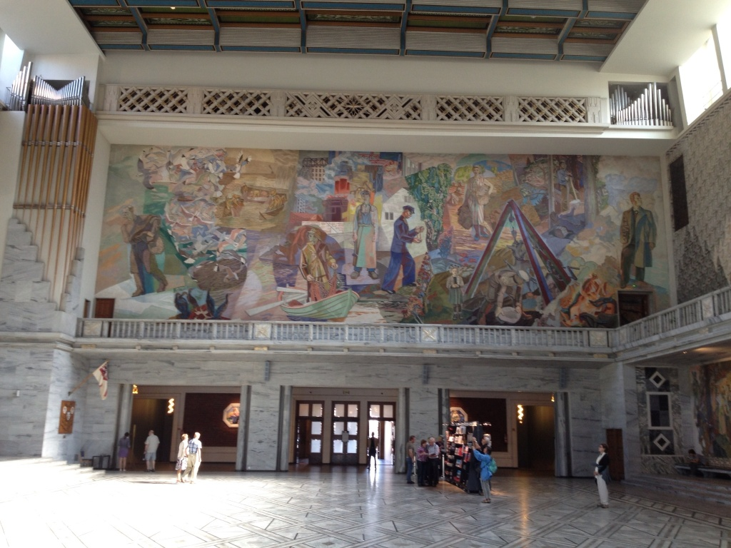 Murals covered most of the walls representing portions of Norway's history.
