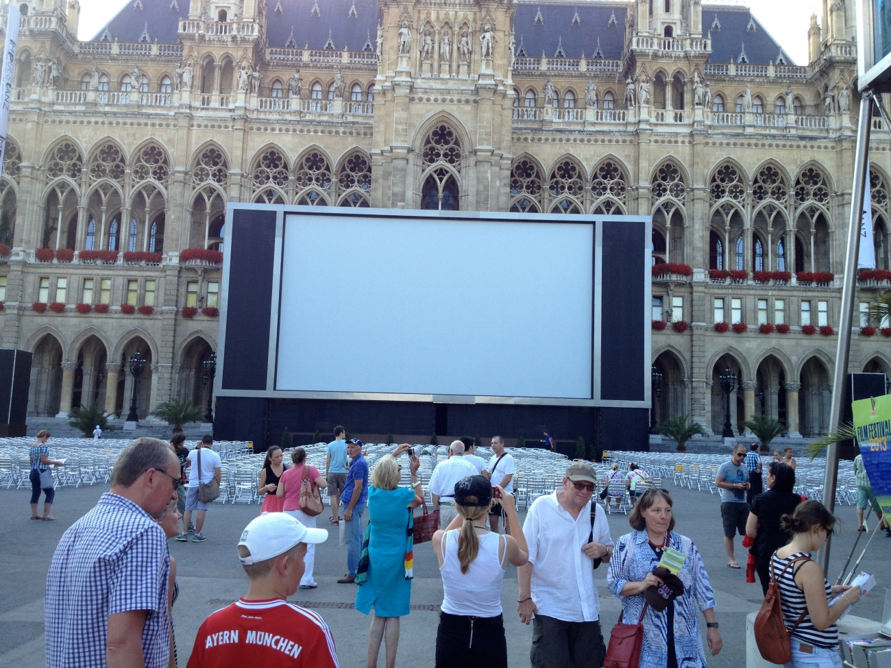 The big, big screen at the Vienna town hall.