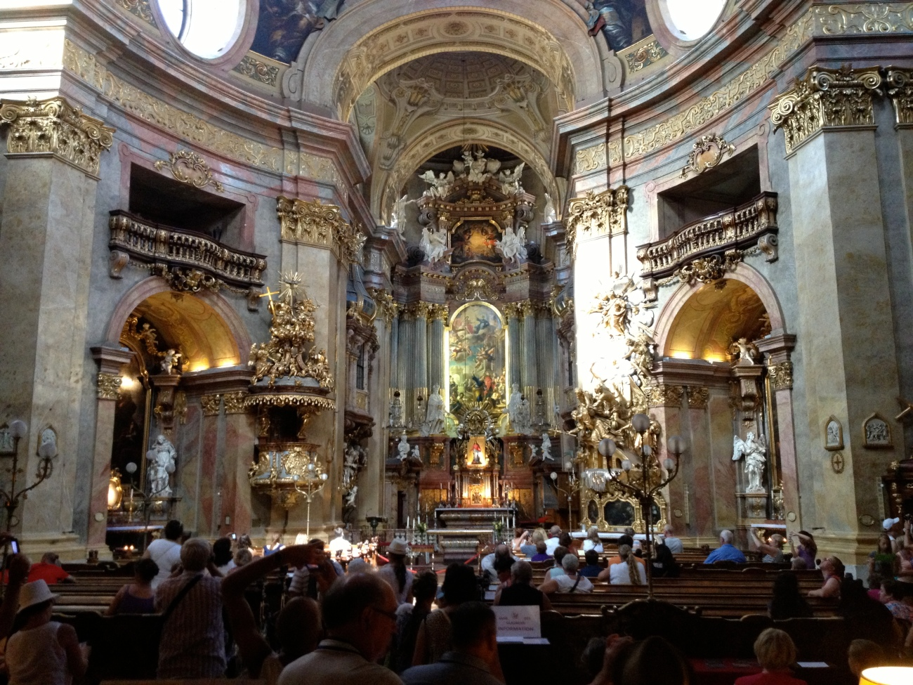 The interior of Peterskirche.